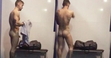 naked-straight-lad-spied-naked