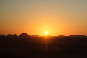 levé du soleil désert Abu Simbel