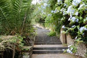 escaliers pour rejoindre la haute ville de Taormina