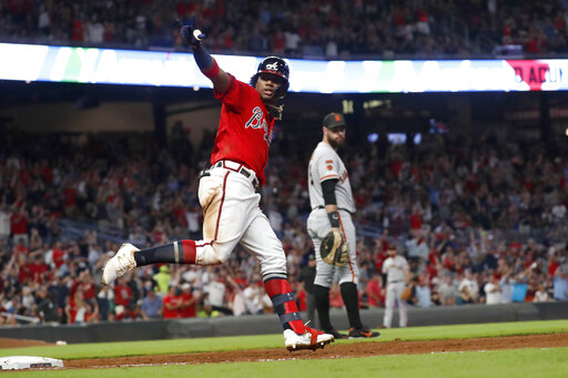 Braves Clinch 2nd Straight Nl East Title Eliminate Giants