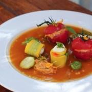 Tomates cocktail farcies au crabe et courgettes farcies au brousse