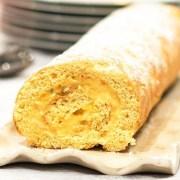 Bras de gitan gâteau roulé catalan à la crème pâtissière