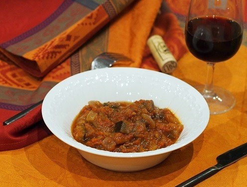Ratatouille en bohémienne, aubergines tomates et olives comme en Provence