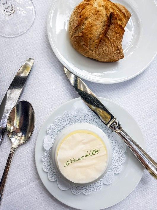 beurre et pain au Restaurant La closerie des lilas à Paris