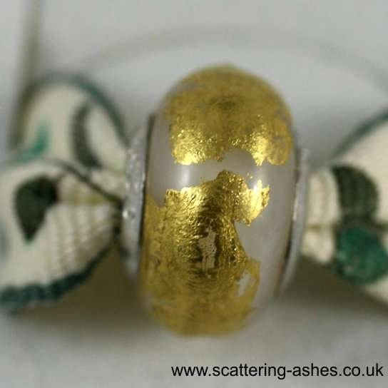 Pandora Ashes Charm Bead - White Goldleaf