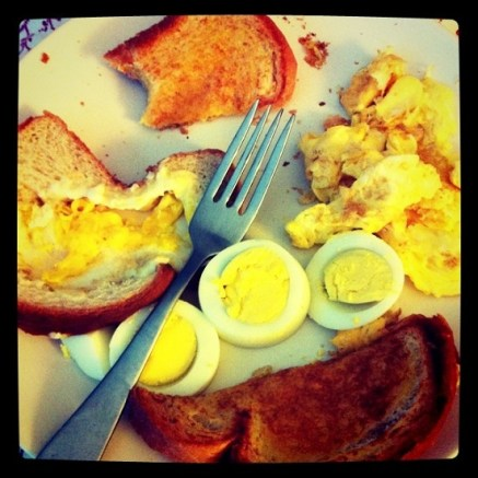 Eggs and toast breakfast meal plan