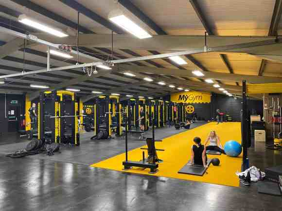 How to set up your garage home gym