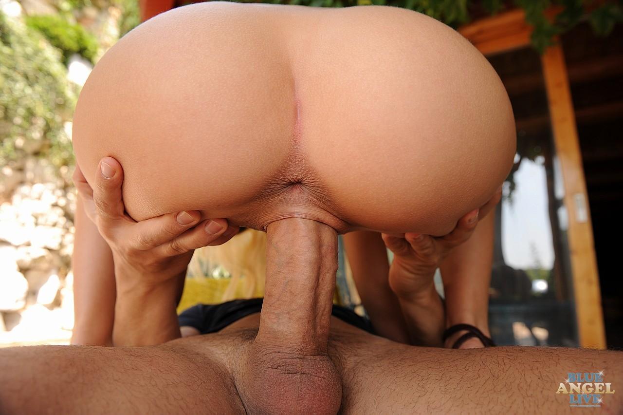 Села мужу на член аналом порно