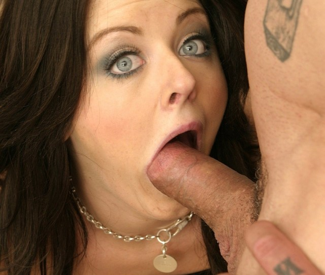 Gorgeous Young Sophie Dee Does Blowjob And Gets Fucked Hard