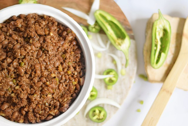 Southern Style Baked Beans Made from Plants