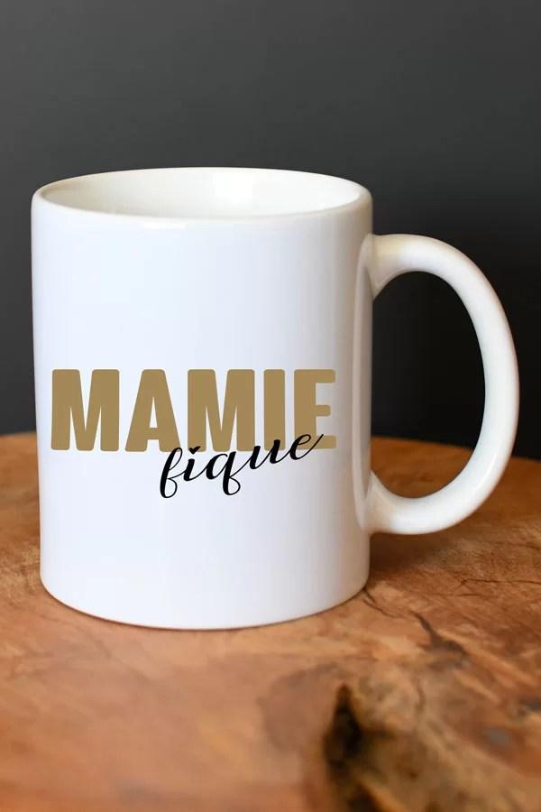 """mug en céramique """"mamie-fique"""""""