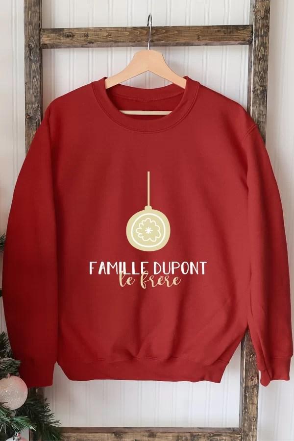 pull de noel rouge personnalisé - Boule de Noël