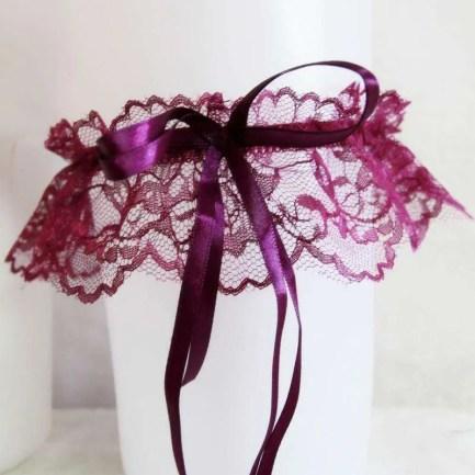 Long ribbon garters purple