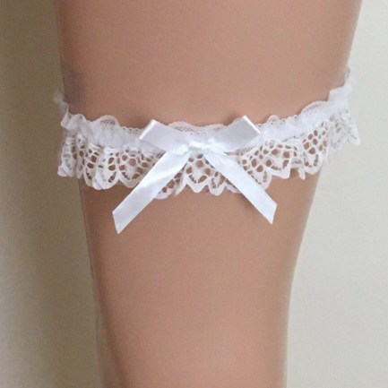 Wedding Garters In Scallop Lace Style