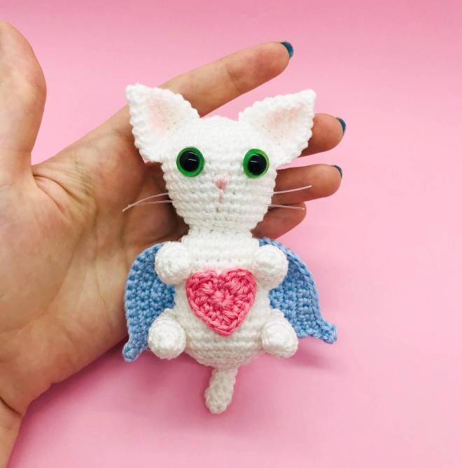 crochet pattern angelic cat
