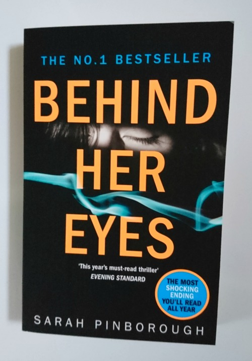 #Giveaway - Behind Her Eyes by Sarah Pinborough - My Random Musings