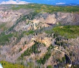 Fall Colours in the Myra Canyon - Photo Alpine Helicopters Sightseeing Tours.