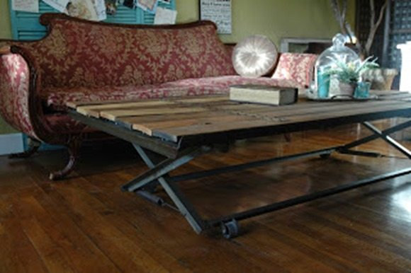 coffee table made from trundle bed