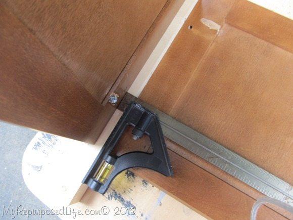 attach door to 2x2