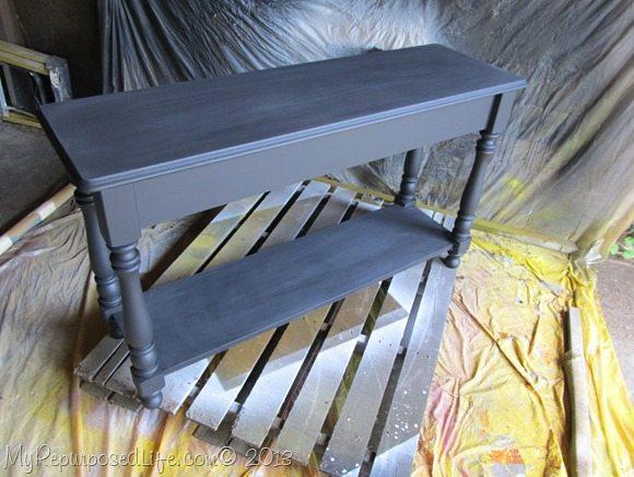 sofa tn the paint boothable