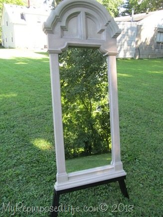 painted plastic mirror frame