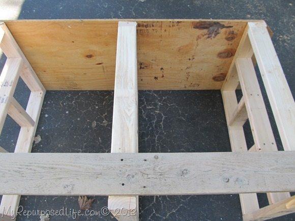 building-lumber-storage-bench
