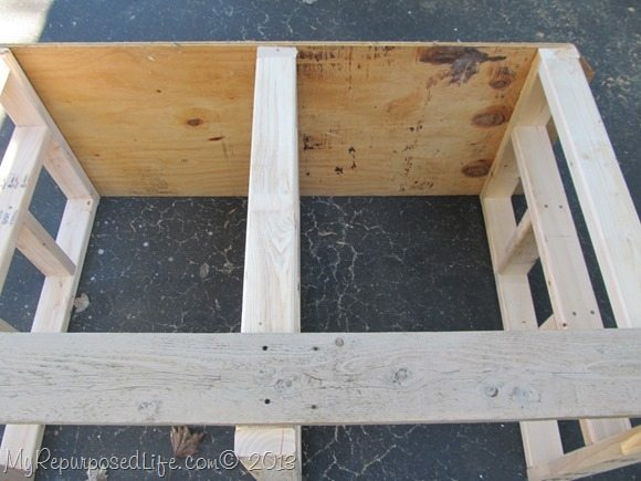 building-lumber-storage-bench
