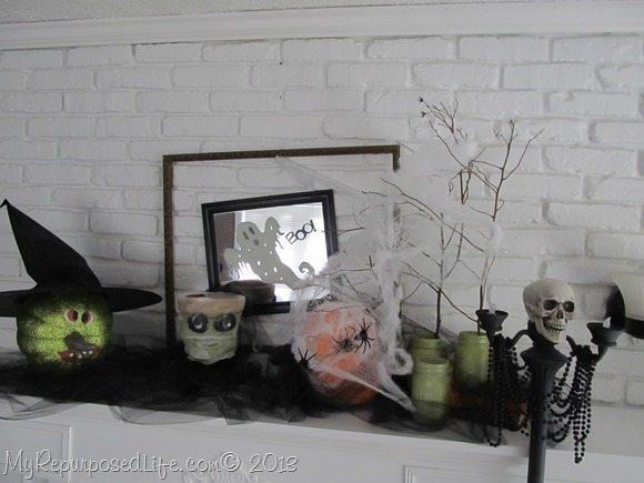 haloween-mantel