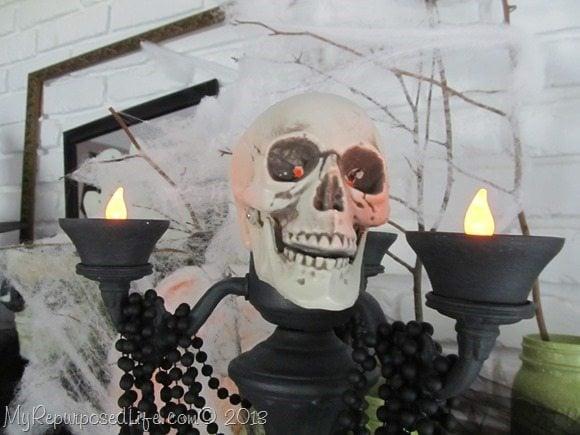 spooky-skull-candelabra-halloween