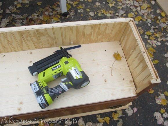 make a bench out of a dresser