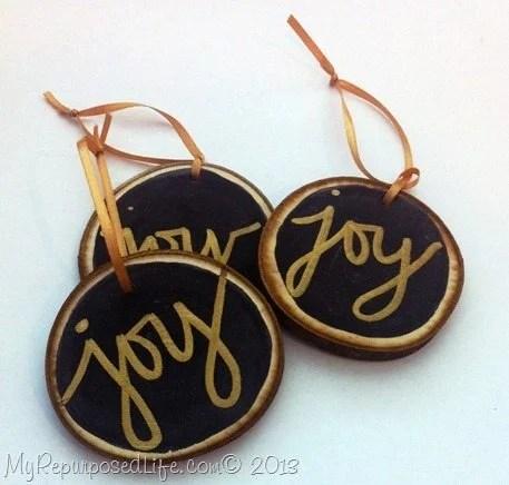 wooden-disc-ornaments