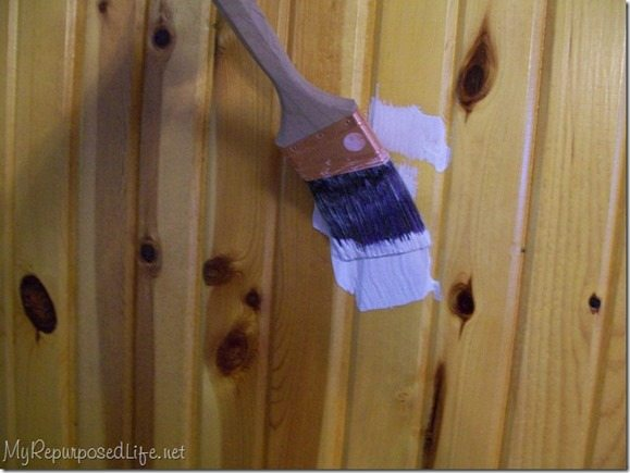 painting-knotty-pine