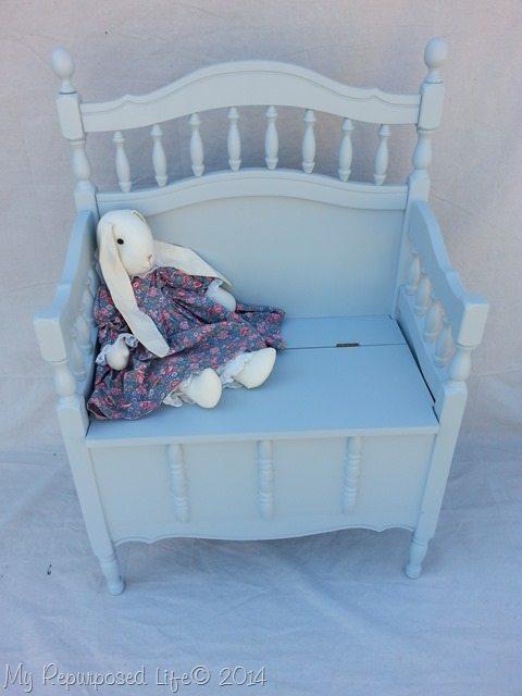 repurposed-crib-toy-box-bench