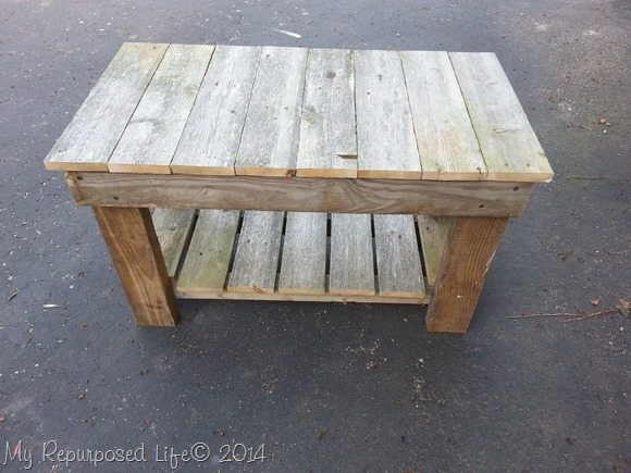 small-garden-bench-reclaimed-fence
