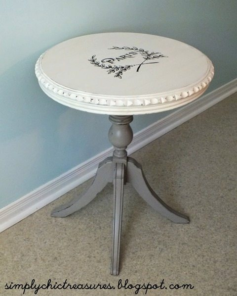 small-Paris-graphic-side-table
