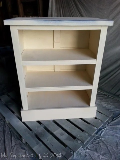 finish-max-ASCP-old-white-chest-of-drawers