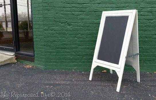 chalkboard-easel-MyRepurposedLife