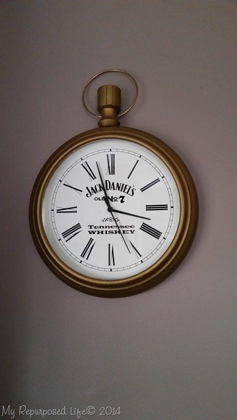 jack-daniels-wall-clock