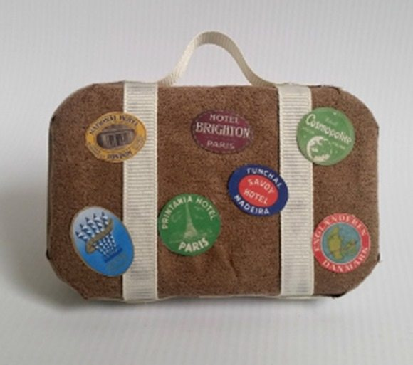 repurposed-altoids-can-miniature-luggage-Christmas-ornament