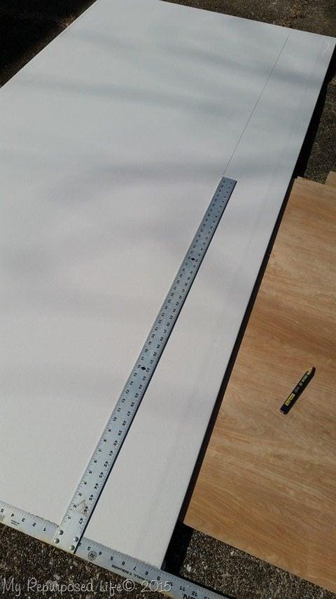 cutting-drywall