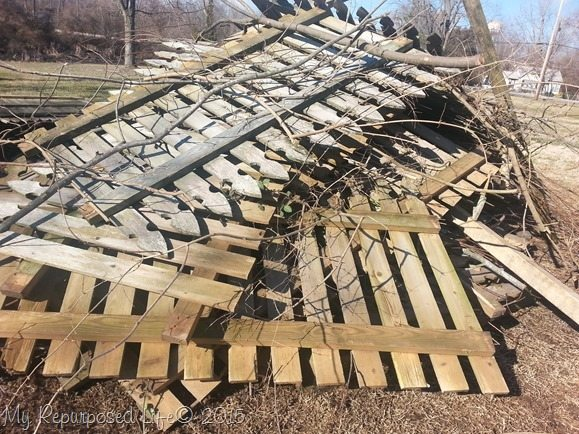 reclaimed-picket-fence