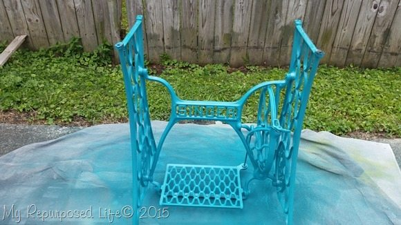 spray-paint-singer-treadle