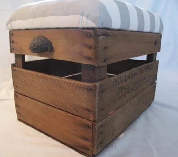upcycled-fruit-crate-ottoman