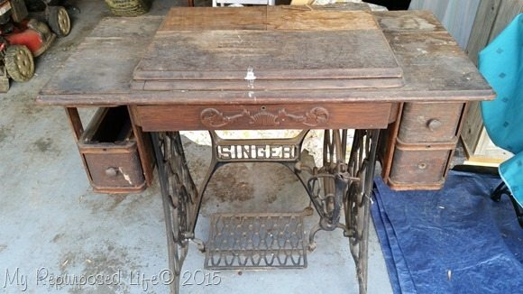 vintage-singer-treadle-sewing-machine