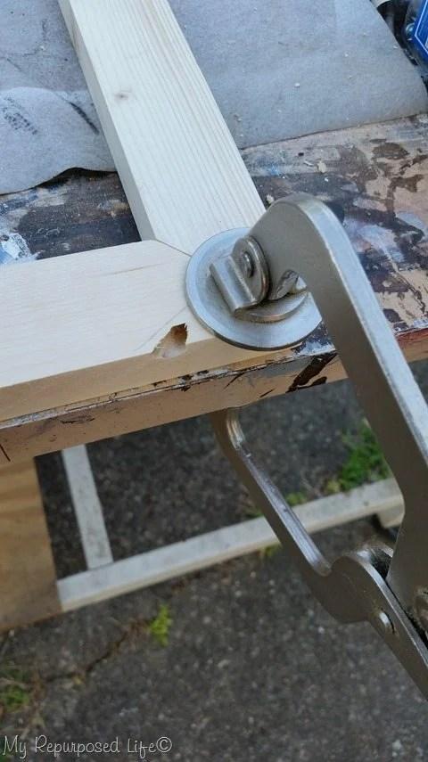 clamped-pocket-hole