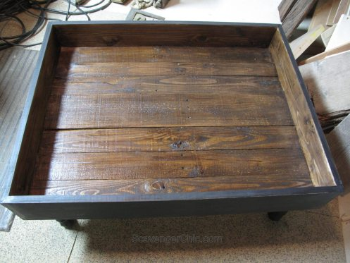 Vintage Door Coffee Table Interior (4)