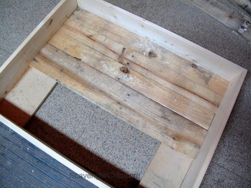 Vintage Door Coffee Table Interior