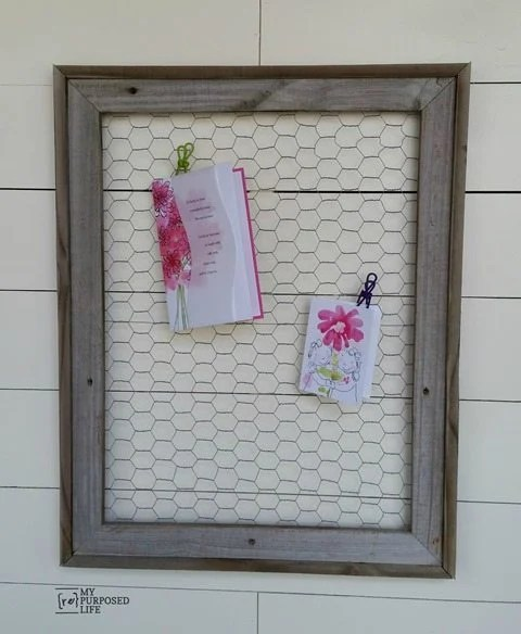 my-repurposed-life-rustic-chicken-wire-memo-frame