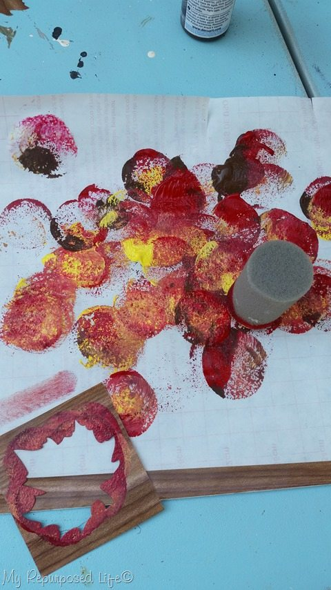 paint-stenciling-leaves