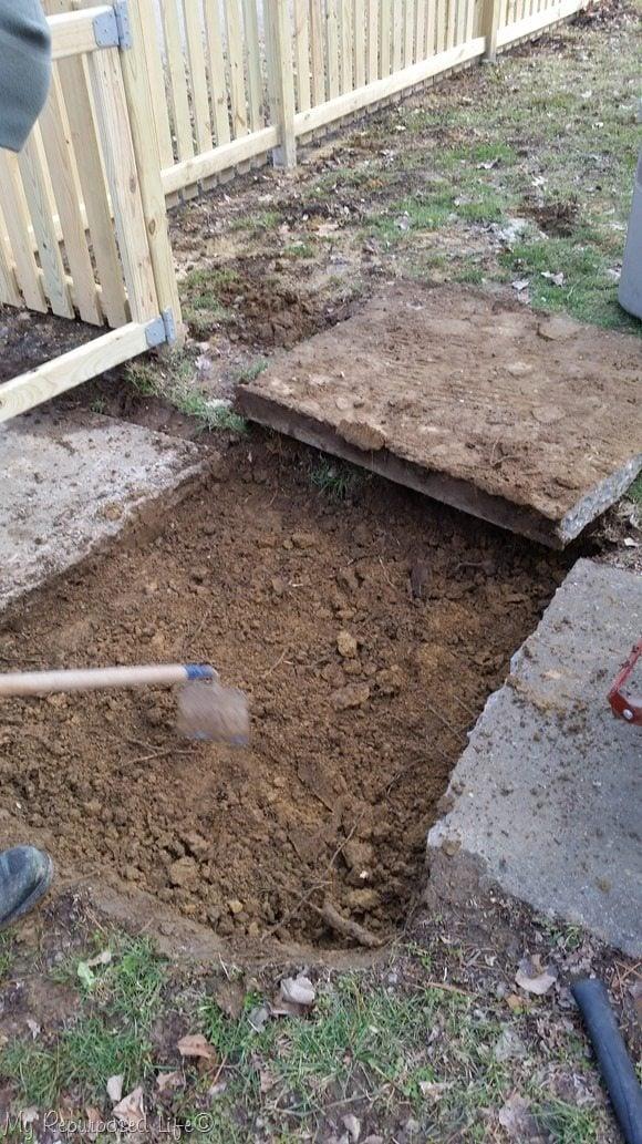 dig-out-under-sidewalk